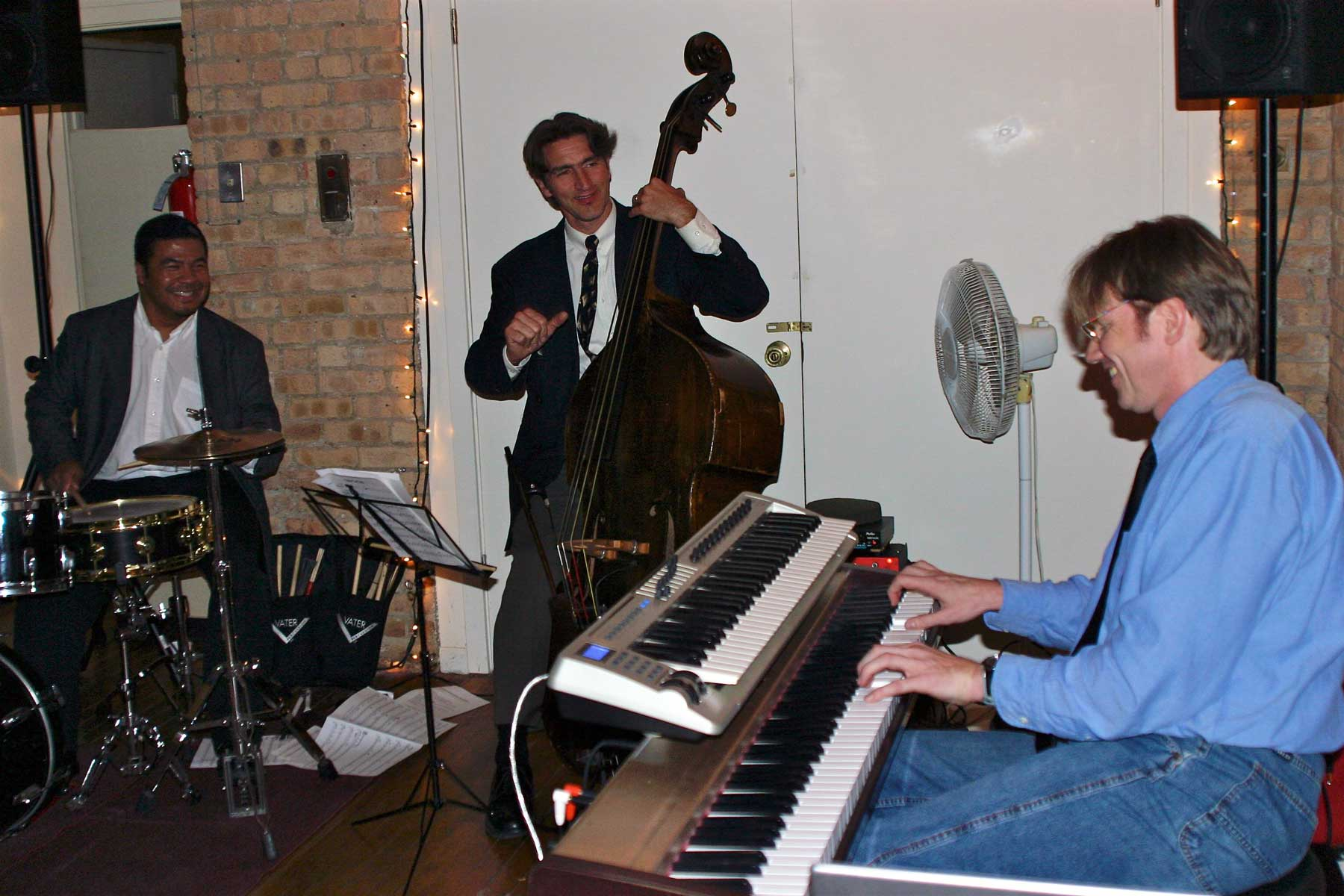 Thomas-Gunther-Trio-at-Big-City-Swing-Chicago(Web)